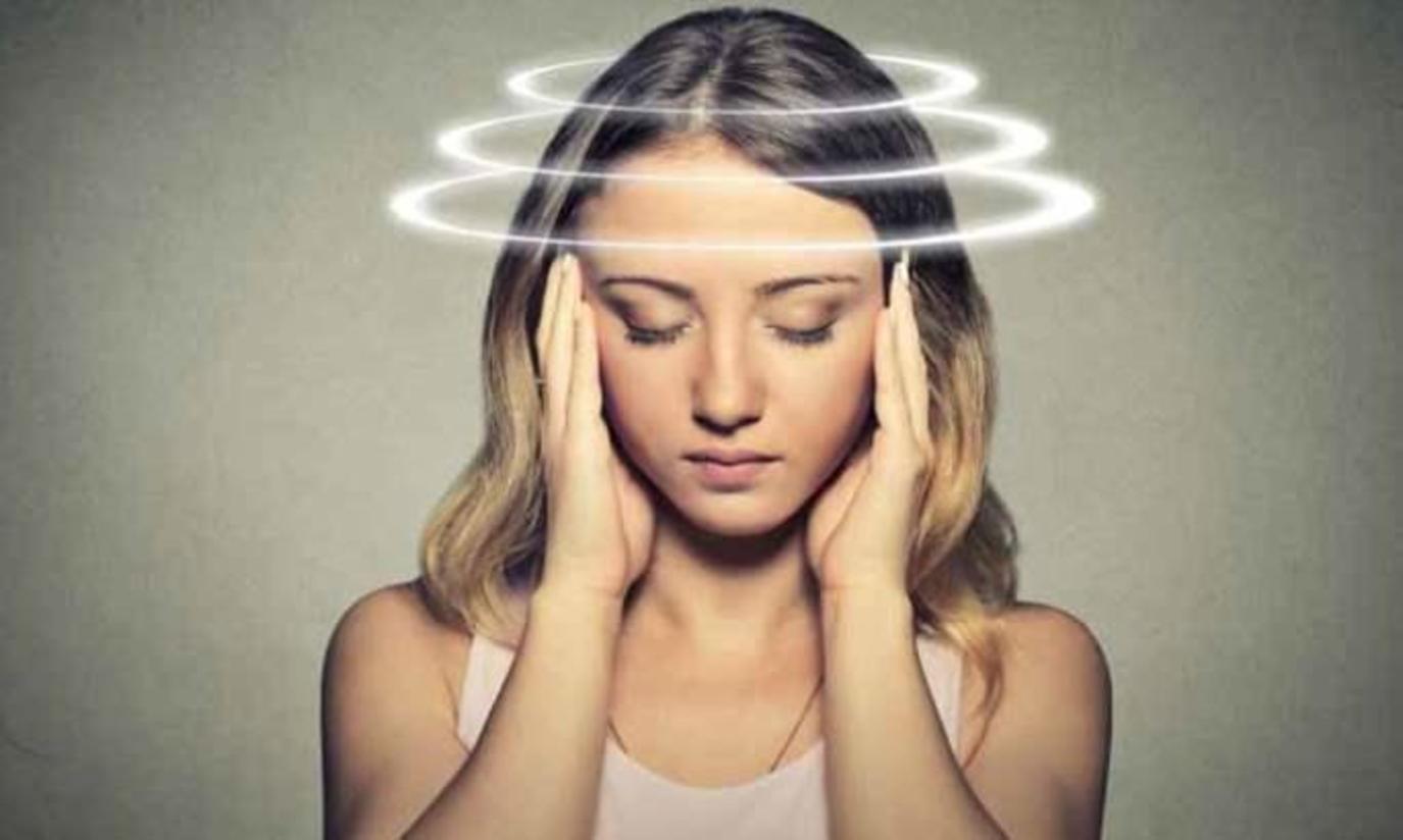 احذر وبشدة .. 7 أسباب وراء الشعور بالدوخة أثناء الوقوف
